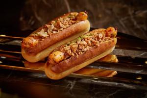 Hot dog s langustinami